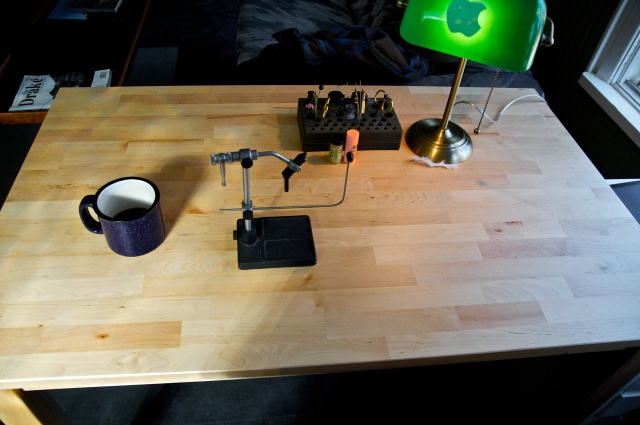 tying table 014